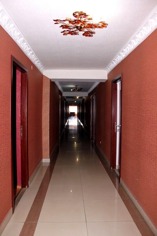 Готель Іршава